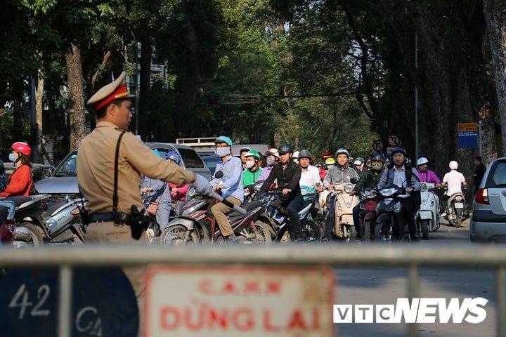 Danh sach cac tuyen duong cam khu vuc to chuc le tang nguyen Thu tuong Phan Van Khai hinh anh 2