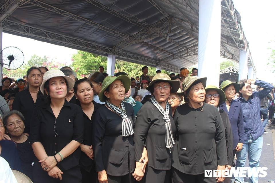 Dan Cu Chi nghen ngao tien nguyen Thu tuong Phan Van Khai ve coi vinh hang hinh anh 9