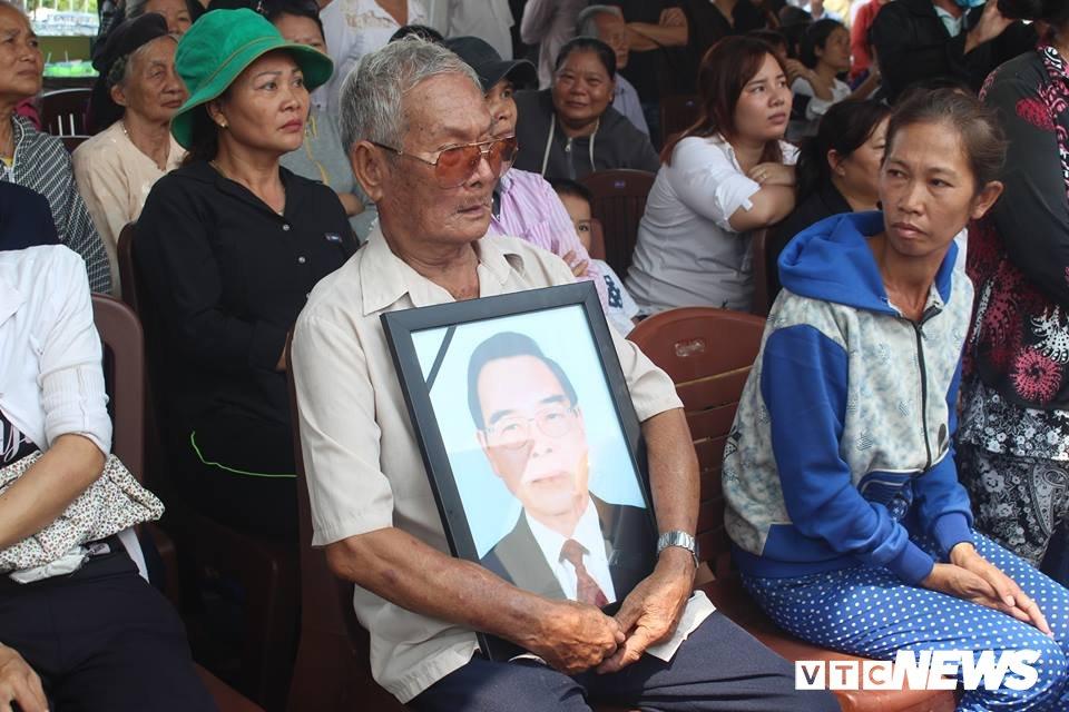 Dan Cu Chi nghen ngao tien nguyen Thu tuong Phan Van Khai ve coi vinh hang hinh anh 13