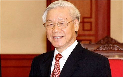 Tong Bi thu len duong tham chinh thuc Cong hoa Phap hinh anh 1