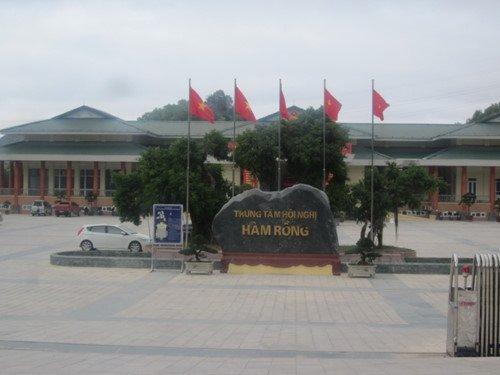 TP Thanh Hoa 'xe rao' xet hang loat cong chuc hinh anh 3