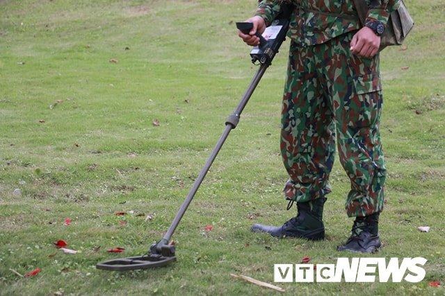 Anh: Cong binh kiem tra an ninh, do min o 2 khach san tung don Tong thong My tai Ha Noi hinh anh 5