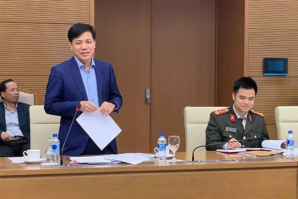 Bo truong Mai Tien Dung: De xuat mat bang lai xe phai thi lai rat buon cuoi hinh anh 2