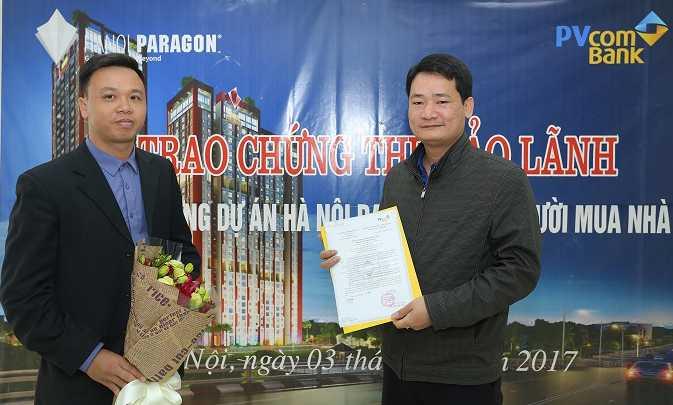 Hanoi Paragon trao chung thu bao lanh den tung khach hang hinh anh 1