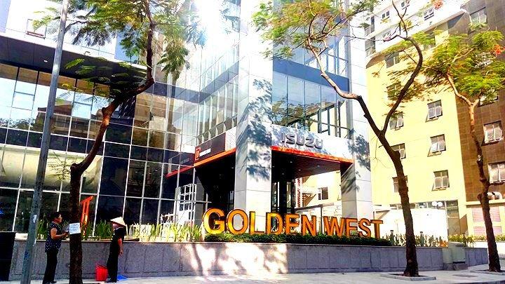 Cu dan Golden West nhan nha, nhan hang loat buc xuc hinh anh 1