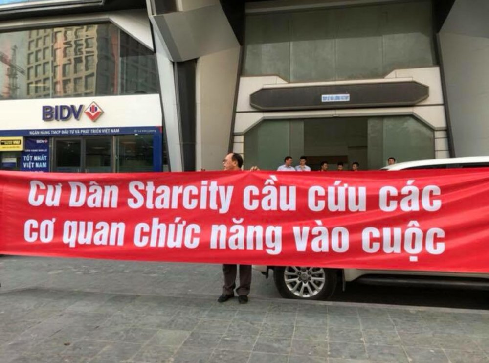 Ha Noi: Cu dan StarCity mua nha 3 nam, chua duoc cap so hinh anh 1