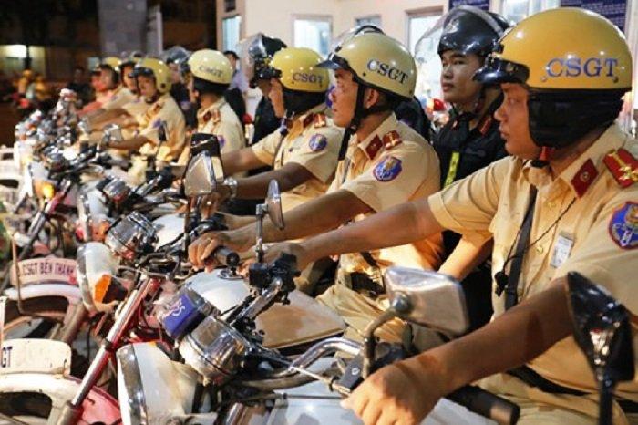 CSGT TP.HCM tang cuong tuan tra kiem soat dip Tet Nguyen dan 2018 hinh anh 1