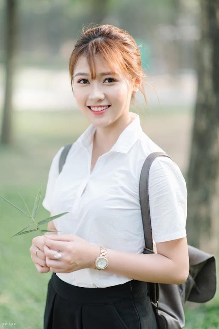 Cô nàng Hàn Quốc xinh đến nỗi khiến người ta thốt lên: Cô