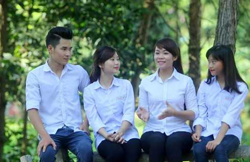 Nam dai bieu Quoc hoi tre nhat khoa XIV sinh nam 1991 hinh anh 2
