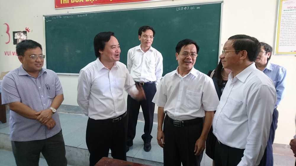 Bo truong Phung Xuan Nha: 'Cong tac thi phai het suc minh bach' hinh anh 1