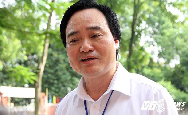Bo truong Phung Xuan Nha bat mi de thi THPT quoc gia 2016 hinh anh 1
