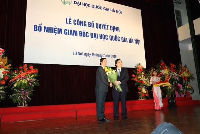 PGS Nguyen Kim Son: 'Lam moi cach de sinh vien co the lam cong dan toan cau' hinh anh 3
