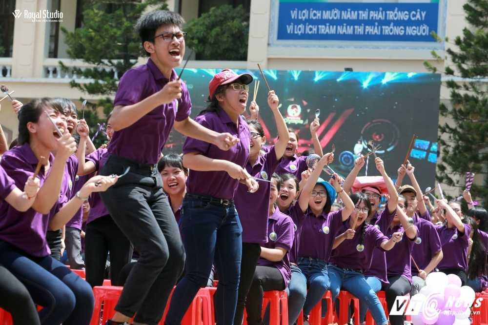 Ngoi truong cua A quan Duong len dinh Olympia 2016 'nhuom' sac tim hinh anh 15