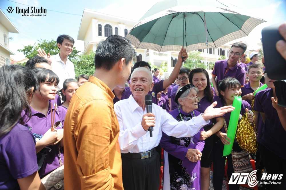 Ngoi truong cua A quan Duong len dinh Olympia 2016 'nhuom' sac tim hinh anh 23