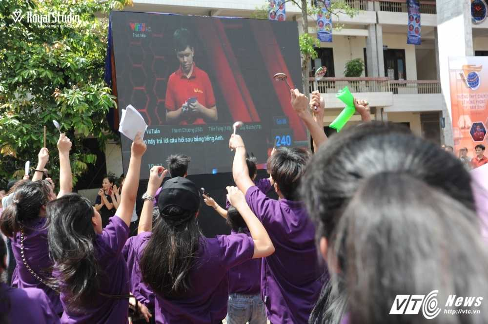 Ngoi truong cua A quan Duong len dinh Olympia 2016 'nhuom' sac tim hinh anh 25