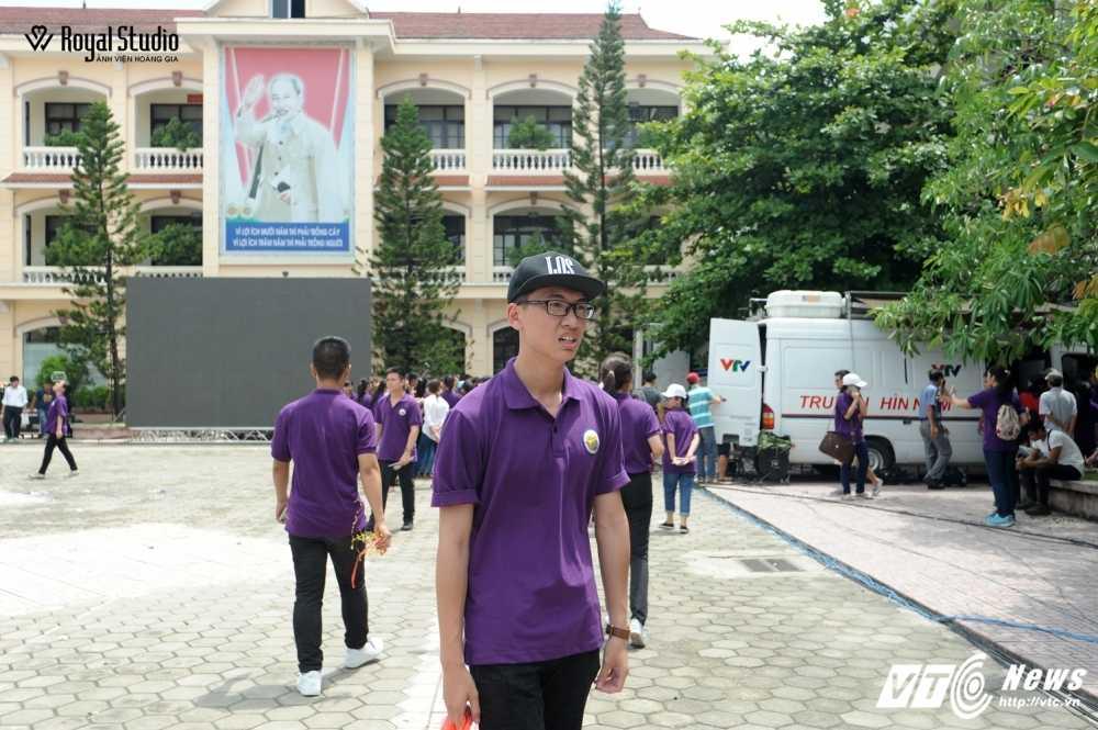 Ngoi truong cua A quan Duong len dinh Olympia 2016 'nhuom' sac tim hinh anh 27