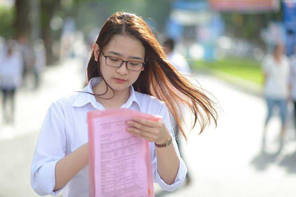 Thi sinh ao tang cao nam 2016: Bo GD-DT chinh thuc ly giai nguyen nhan hinh anh 2