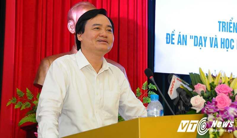 Bo truong Phung Xuan Nha: 'Day ngoai ngu khong chuan thi tha khong day con hon' hinh anh 1