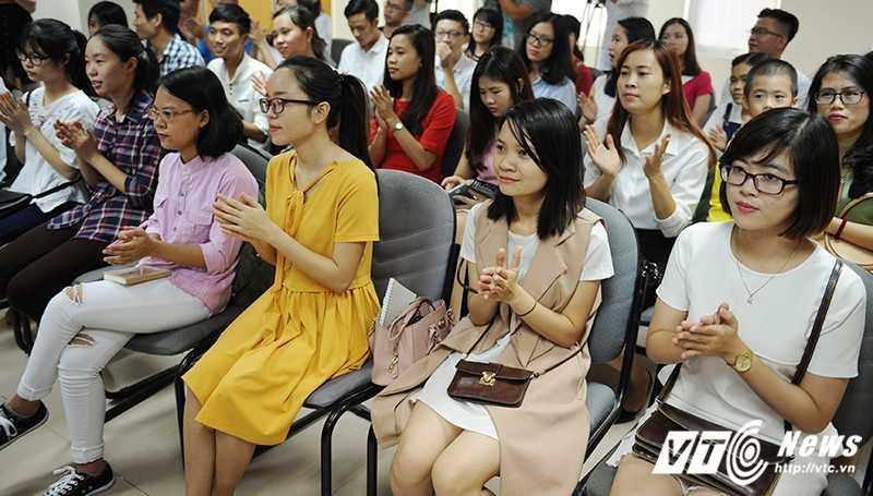 TS Le Tham Duong: Hieu ro ban than de 'ban minh' dung gia hinh anh 2
