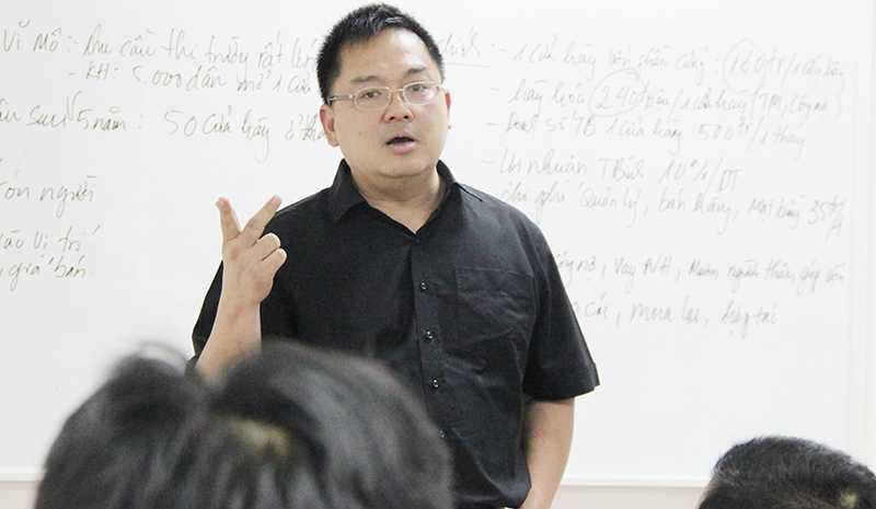 Chu tich FPT Software va bai hoc 'Tang truong hay la chet' cho thac sy Viet hinh anh 1