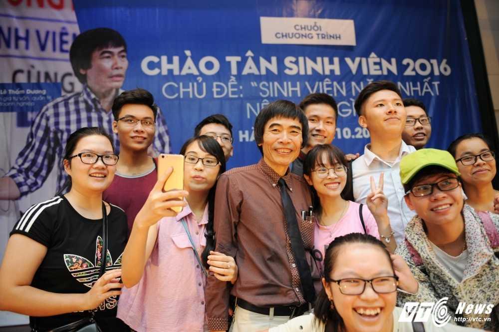 TS Le Tham Duong: Sinh vien nam thu nhat phai co chien luoc cuoc doi hinh anh 7