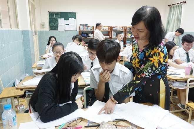 Cam day them hoc them: Thong tin moi tu Thanh uy TP.HCM hinh anh 1