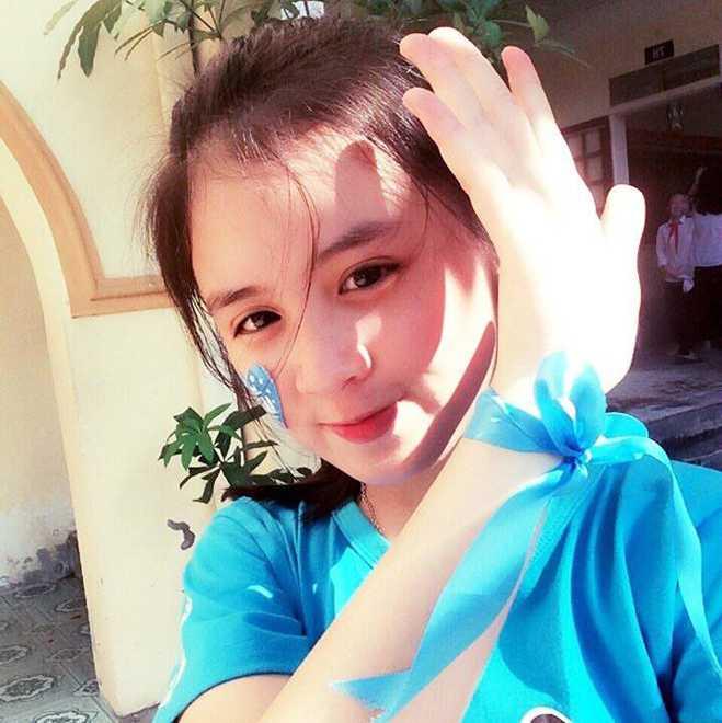 Net dep tinh khoi cua nu sinh lop 10 THPT Huynh Thuc Khang hinh anh 11