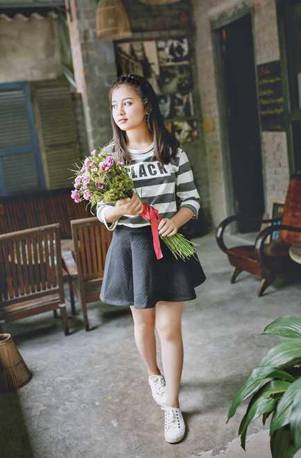 Net dep tinh khoi cua nu sinh lop 10 THPT Huynh Thuc Khang hinh anh 5