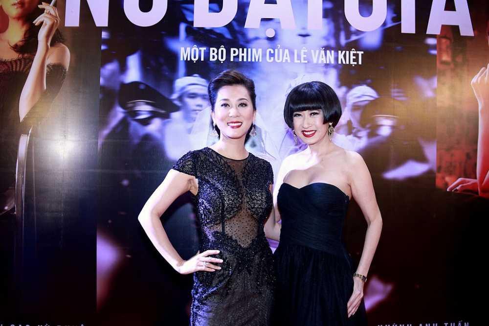 Tro ve Viet Nam, MC Ky Duyen lam 'day song' fan Da Nang hinh anh 2