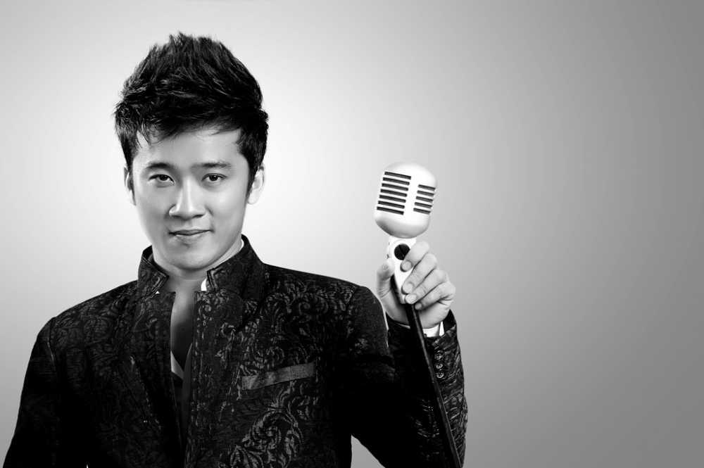 Tro ve Viet Nam, MC Ky Duyen lam 'day song' fan Da Nang hinh anh 7