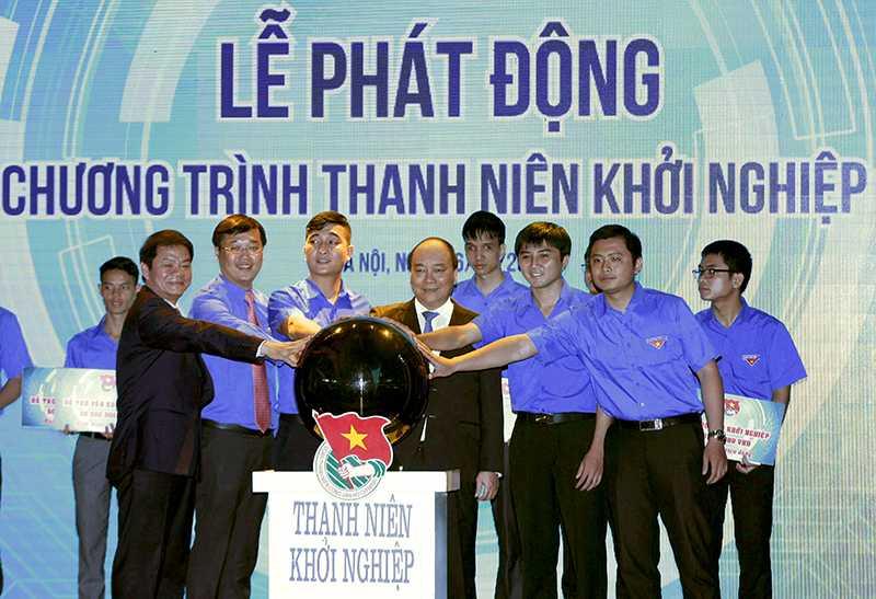 Thu tuong: 'Tren the gioi co nguoi khoi nghiep o tuoi 20' hinh anh 2