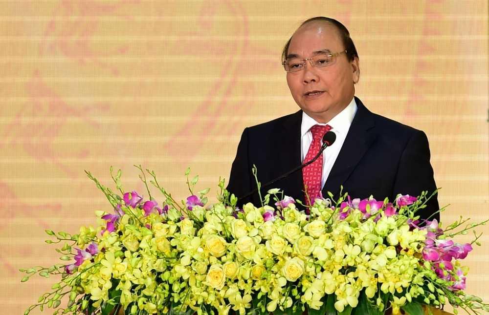 Thu tuong Nguyen Xuan Phuc ve tham truong dai hoc cu hinh anh 1