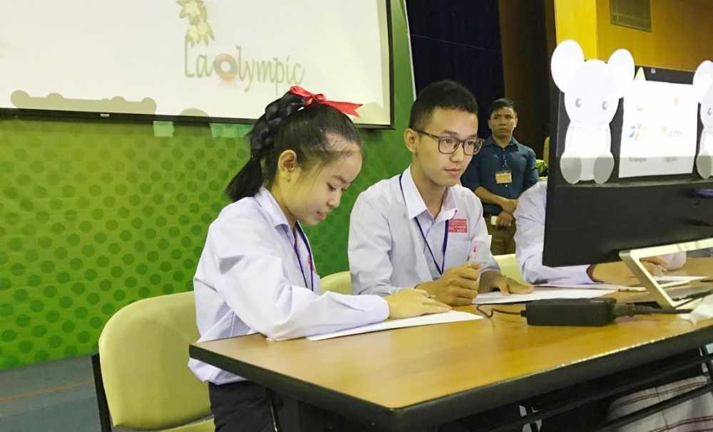 Dai hoc FPT 'xuat khau' ViOlympic sang Lao hinh anh 1