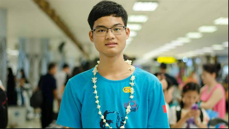 Gia canh ngheo kho cua chang trai 'que lua' 2 lan gianh Huy chuong Vang Olympic Toan hoc hinh anh 1