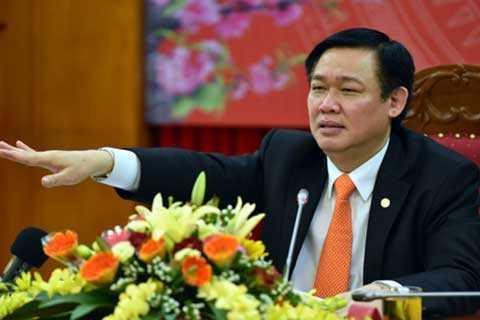 Vu pho Vu Minh Hoang duoc bo nhiem 'than toc': Xem xet lai quyet dinh hinh anh 2
