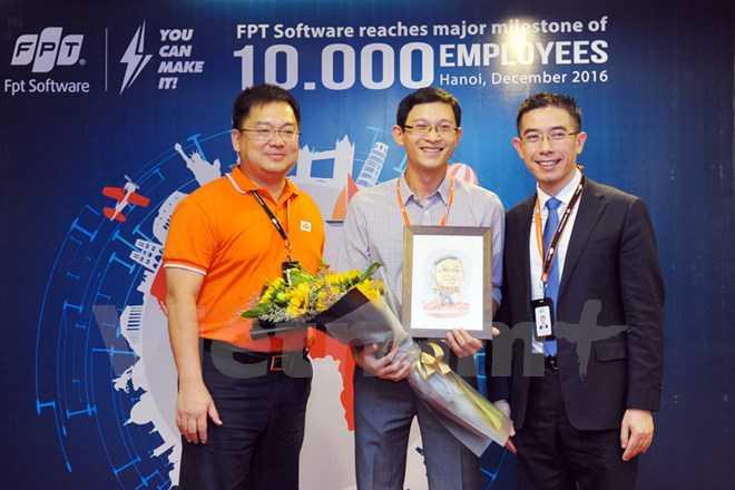 FPT Software can tuyen 20.000 ky su cong nghe den nam 2020 hinh anh 1