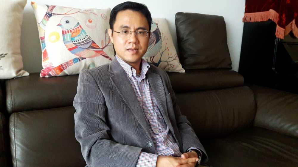 Cach chuc Hieu truong Tieu hoc Nam Trung Yen: 'Mung vi phap luat da duoc thuc thi' hinh anh 1