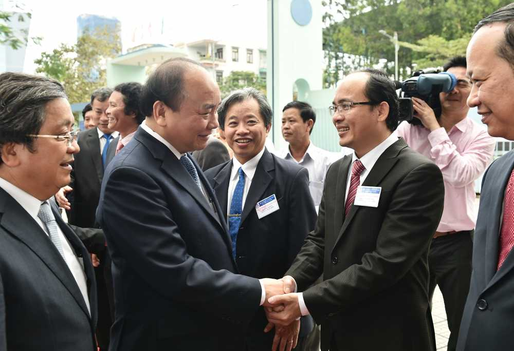 Thu tuong: 'Neu lam duoc, Thu tuong san sang dat de tai cho cac dong chi nghien cuu' hinh anh 1