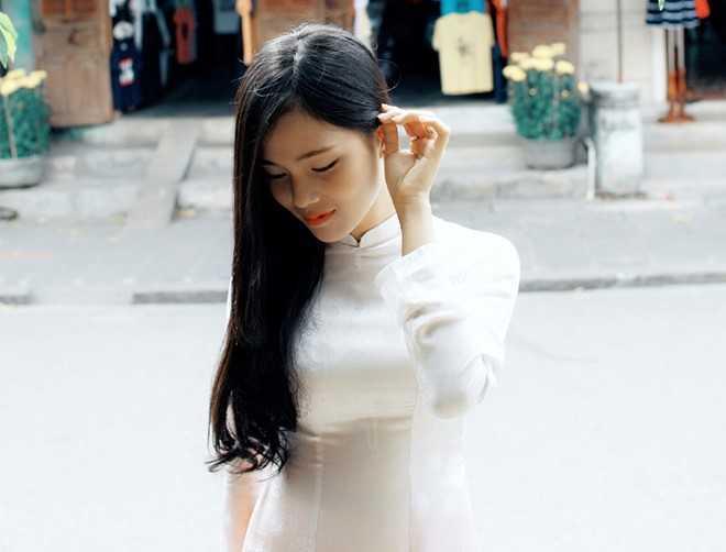 Danh tinh co gai Viet xinh dep duoc dan mang Han Quoc kiem tim hinh anh 8
