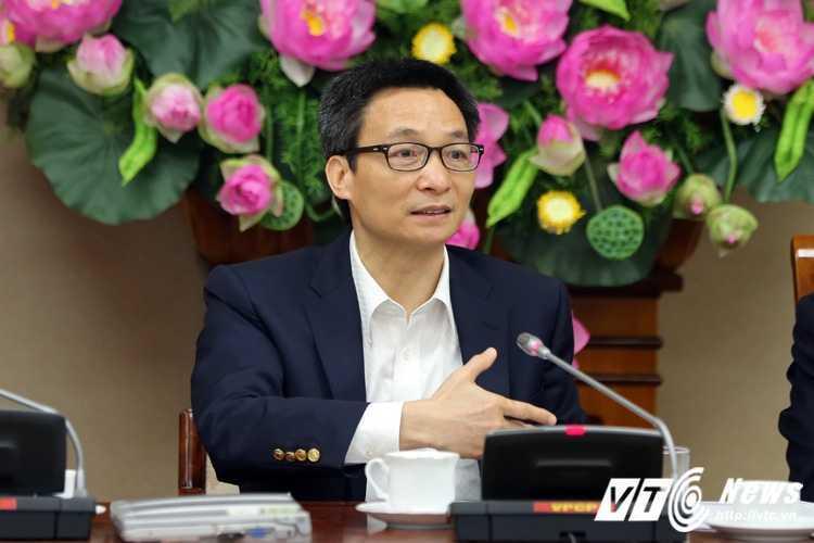 Pho Thu tuong Vu Duc Dam bat ngo xuat hien, 'go kho' cho doanh nghiep hinh anh 3