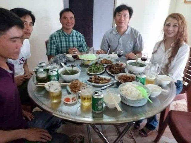 Chong doi chinh quyen, day giao dan vao ranh gioi song chet, co 'linh muc' nao nhu Nguyen Dinh Thuc? hinh anh 1