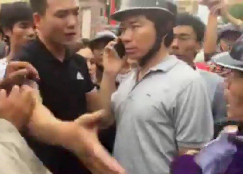 Hang ty dong o at chuyen vao tai khoan linh muc Nguyen Dinh Thuc, nhung ke qua khich bi dat mui hinh anh 2