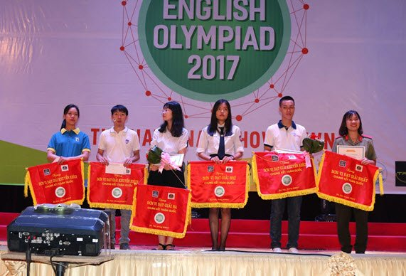 Hoc vien An ninh nhan dan gianh giai Nhat Olympic Tieng Anh chuyen 2017 hinh anh 13