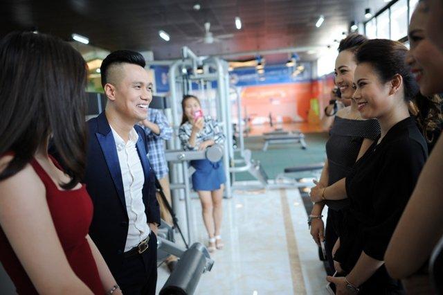 Phan Hai 'Nguoi phan xu' boi roi trong vong vay cua hot girl Ha thanh hinh anh 5