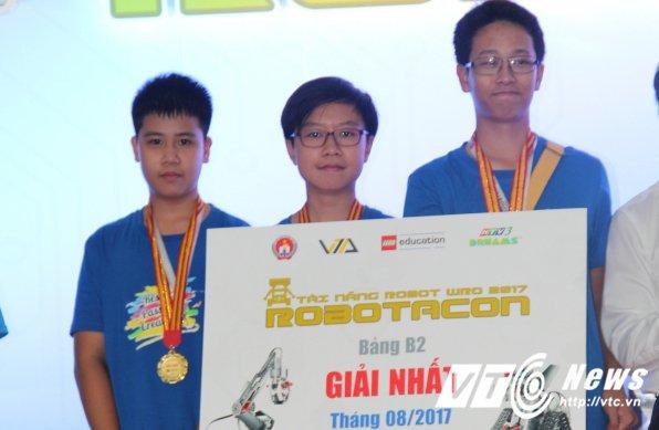 Hoc sinh Ha thanh dai dien Viet Nam thi Robotics Quoc te tai Costa Rica hinh anh 5