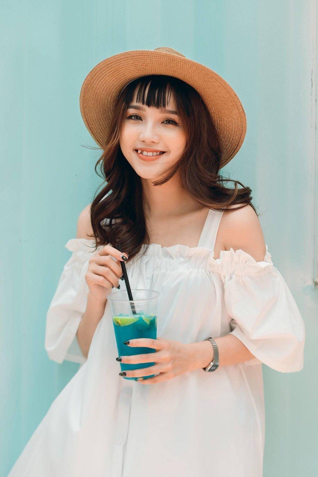Nu sinh xinh dep dong MV 'Tinh don phuong' cover la ai? hinh anh 4