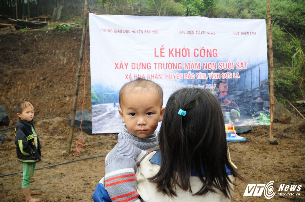 Bao dien tu VTC News khoi cong xay truong mam non o ban kho khan nhat Bac Yen (Son La) hinh anh 4