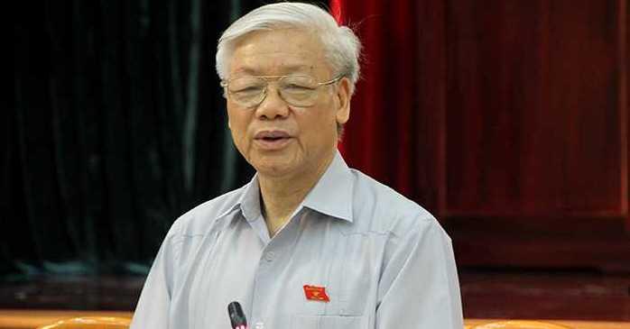 Trung tuong Nguyen Quoc Thuoc: 'Tong Bi thu hop voi Chinh phu la mot viec tot lanh' hinh anh 1
