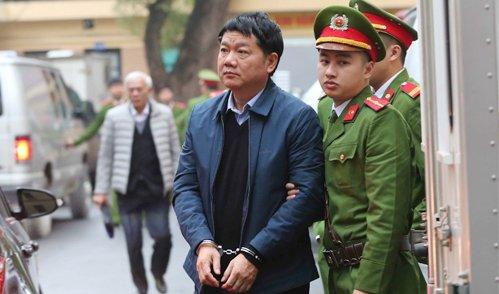 De nghi trieu tap them nhan chung trong vu xet xu ong Dinh La Thang va dong pham hinh anh 1