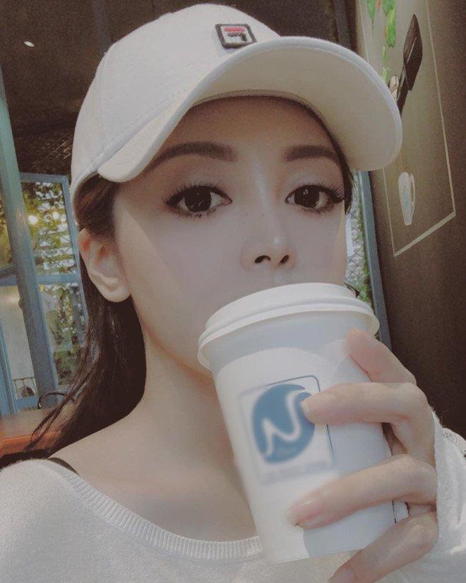 Hot girl xinh dep nghi la ban gai moi cua Soobin Hoang Son hinh anh 3